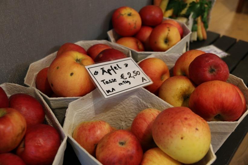 die letzten hauseigenen Bio Äpfel