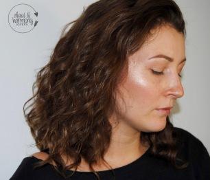Glow Kit on Skin