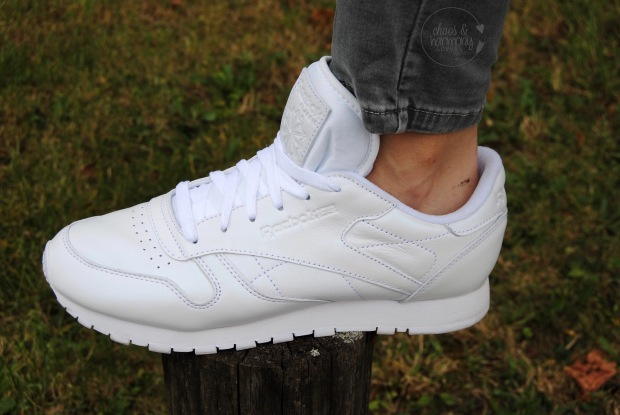 reebok-wmns-classic-leather-pearlized-2