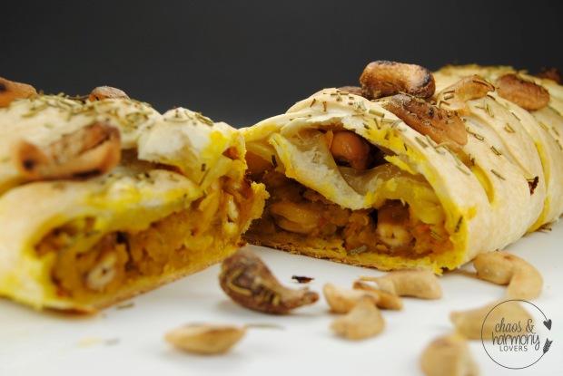 ku%cc%88rbis-cashew-strudel-2