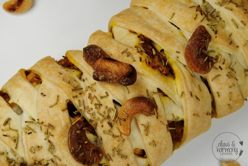 ku%cc%88rbis-cashew-strudel-3