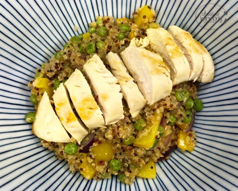 orangen-huhn-mit-gemu%cc%88se-quinoa